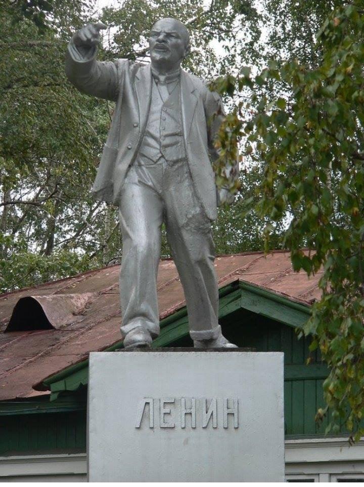 Ленин читает рэп в Вологде